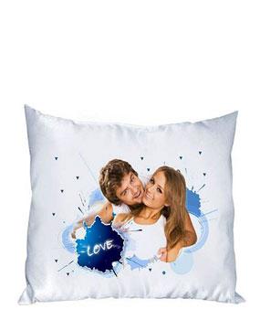 Подушка с её изображением