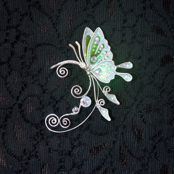 Кафф бабочка белая